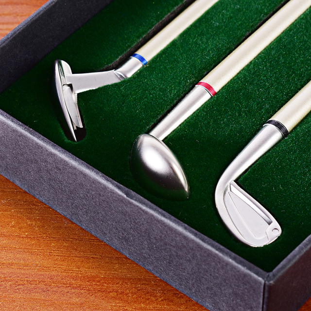 Golf Pen Set Desktop Goft Gift Mini Green Driving Range with Metal Golf Club Pens Balls and Flag 4