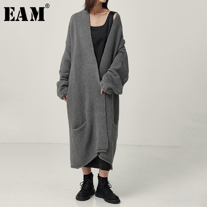 [EAM] Big Size Long Thickening Knitting Sweater Cardigan Loose Fit V-Neck Long Sleeve Women New Fashion Autumn Winter 2020 1D625