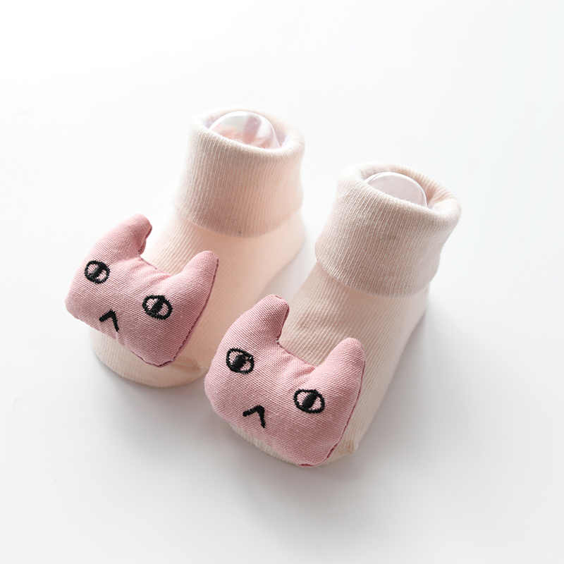 1 par de calcetines para niños pequeños piso antideslizante de algodón calcetines de muñeca de dibujos animados con campanas bebé niñas niños suaves botas lindas