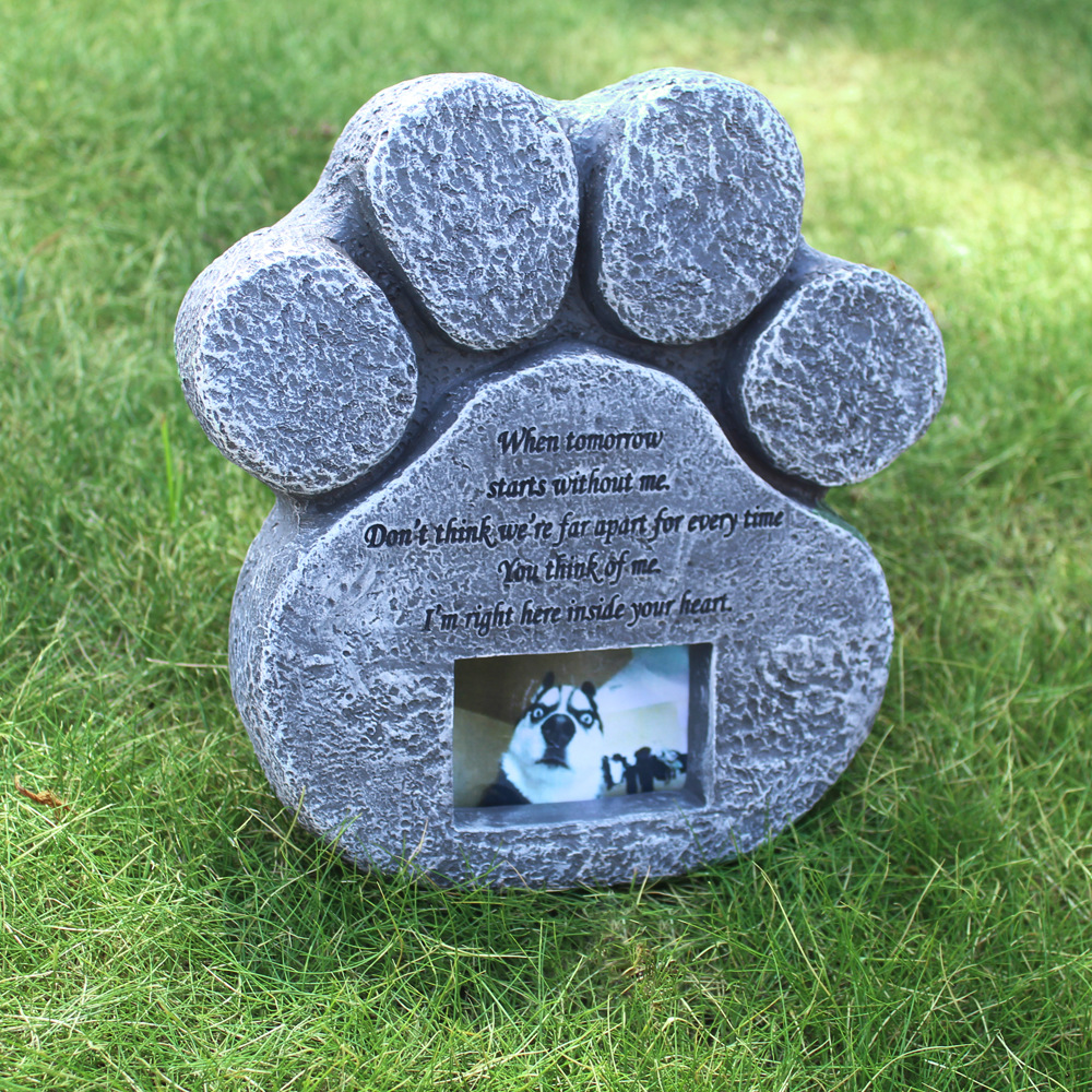 Pet Tombstone Dog Resin Tombstone Monument Outdoor Pet Memorial Ornaments Engraved Pet Memorial Garden Stone