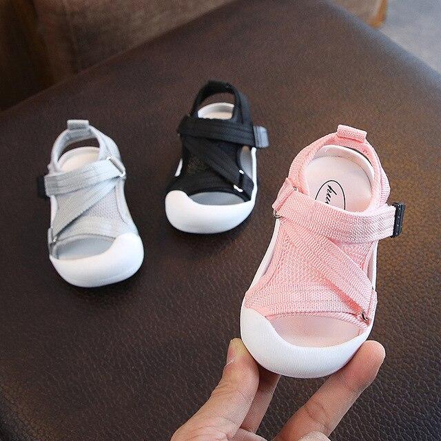 Verão infantil da criança sapatos do bebê meninas meninos da criança sapatos antiderrapante respirável de alta qualidade crianças anti colisão sapatos