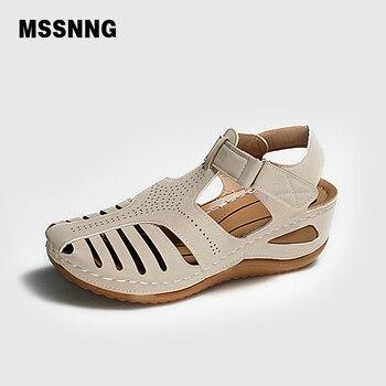 Sandalias Vintage de cuero de verano 2020 para mujer, zapatos de plataforma Retro para mujer, de costura informal, de velcro, para mujer, Tallas grandes 1