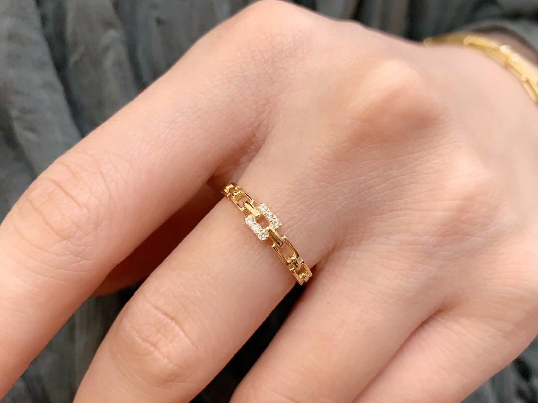 18K solidne żółte złoto biżuteria (AU750) Ins projektant łańcuch diamentowy pierścionek minimalistyczny styl w połączeniu z kwadratową płytą może Beengraved