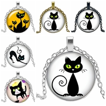 2019 New Hot Cartoon Funny Cat Series Glass Convex Round Pendant Necklace Fashion Popular Jewelry Gift Ladies
