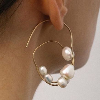 Baroque Irregular Pearl Earrings 1