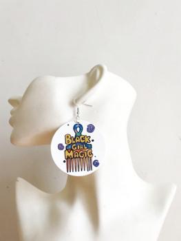 Czarna dziewczyna magiczny grzebień upuść kolczyki drewniane drukowanie wybierz drewniane kolczyki dla kobiet tanie i dobre opinie Natural World Ze stopu cynku Etniczne moda p-008 kolczyki wiszące Strzałka Drewna Kobiety