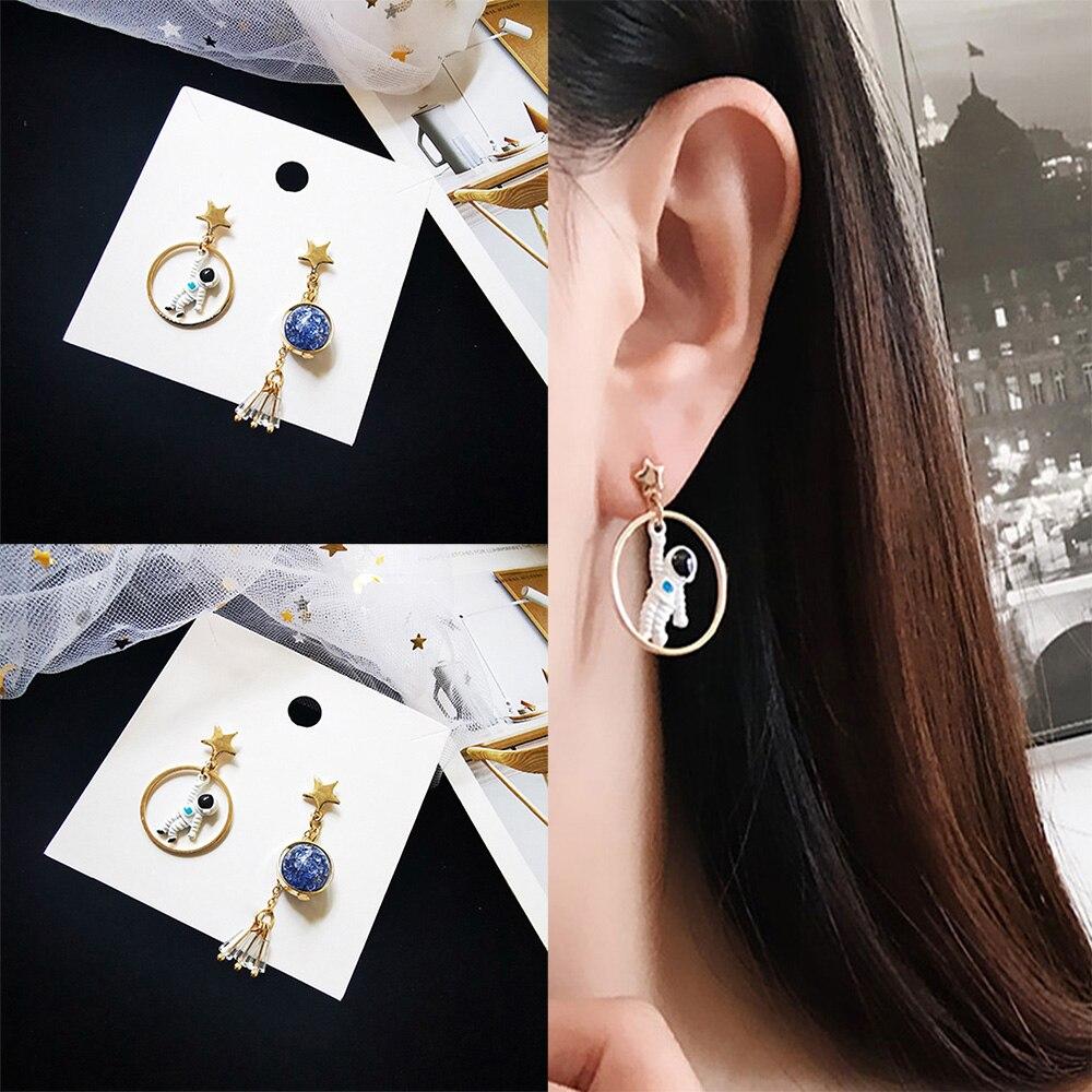 fun-ttore Great Gold Color Metal Swirl Earring for Women Autumn Fashion Classic Tassel Stud Earrings New