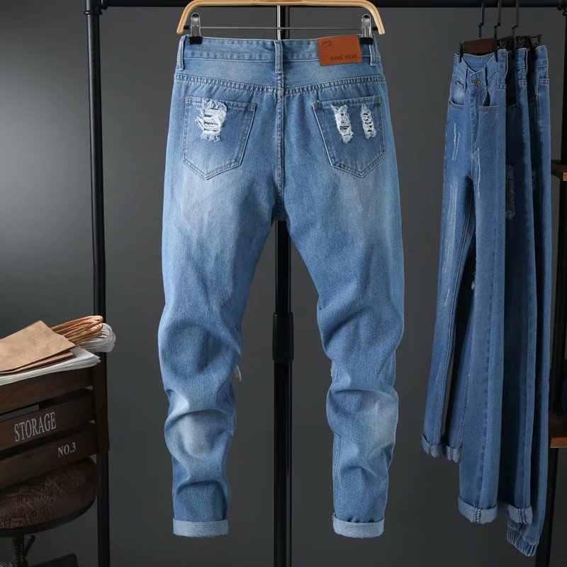 Großhandel 2020 Mode Lässig männer jungen stattlichen bettler loch kleine füße jeans Koreanische Dünne casual wilden abgeschnitten denim hosen