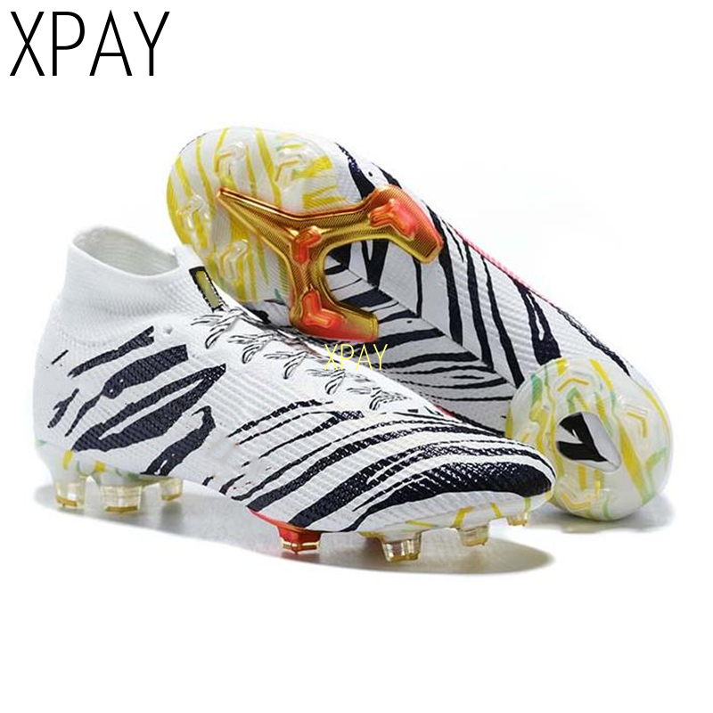 Free Socks Men Football Boots High Ankle Soccer Shoe Women Soft Groud Man Football Shoes Socks Cleats Training