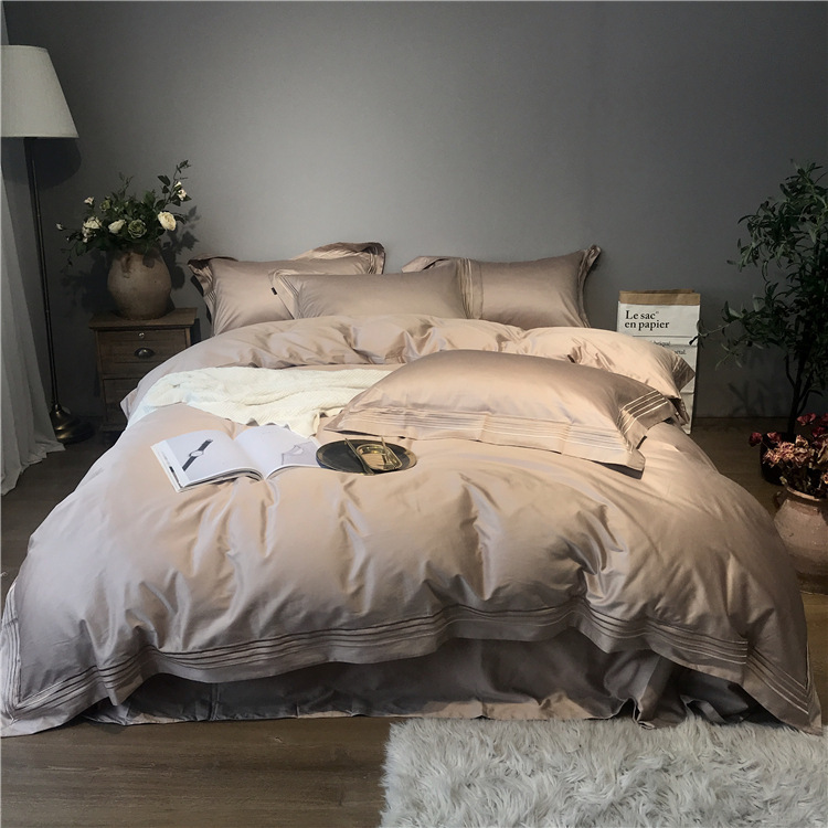 Super Cool Quality Home Textile 2019 Hot 100% Egyptian Cotton Pure Color Bedding Set Luxurious Satin Embroidery Bedding Article