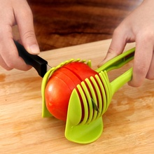 1pc 과일 야채 슬라이서 라운드 토마토 레몬 계란 홀더 커터 도구 주방 그린