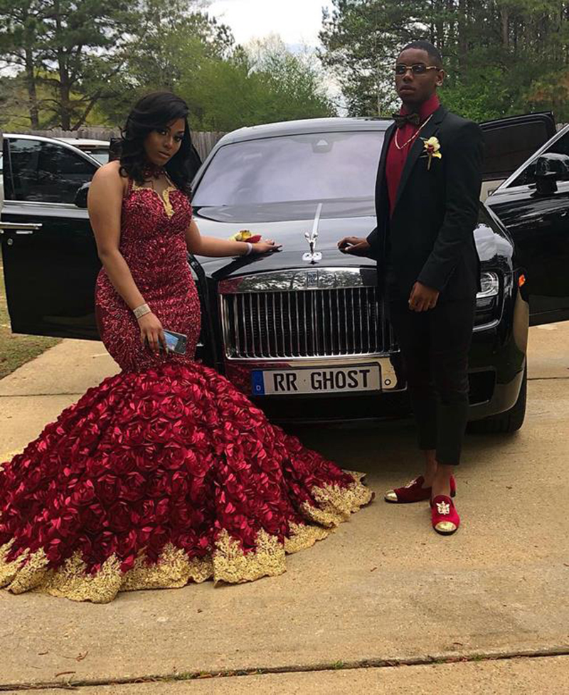 Image 2 - African Black Girl Plus Size Long Prom Dress 2020 Stunning Beaded Top 3D Flowers Gold Appliques Burgundy Mermaid Prom DressesProm Dresses   -