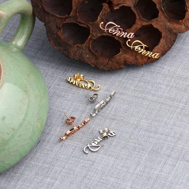 Фото 2020 lateefah серьги гвоздики с буквами на заказ ювелирные изделия