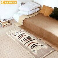 RFWCAK High Quality Tiger Carpet For Living Room Area Rug Floor Mat Bedside Hallway Doormat Kids Bedroom Rug Decoration Home
