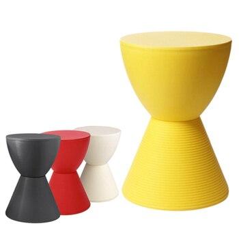 Nordycki kreatywny kreatywny stołek plastikowy restauracja jadalnia stołek biuro biznes dom sypialnia badania łazienka biuro stołek plastikowy -