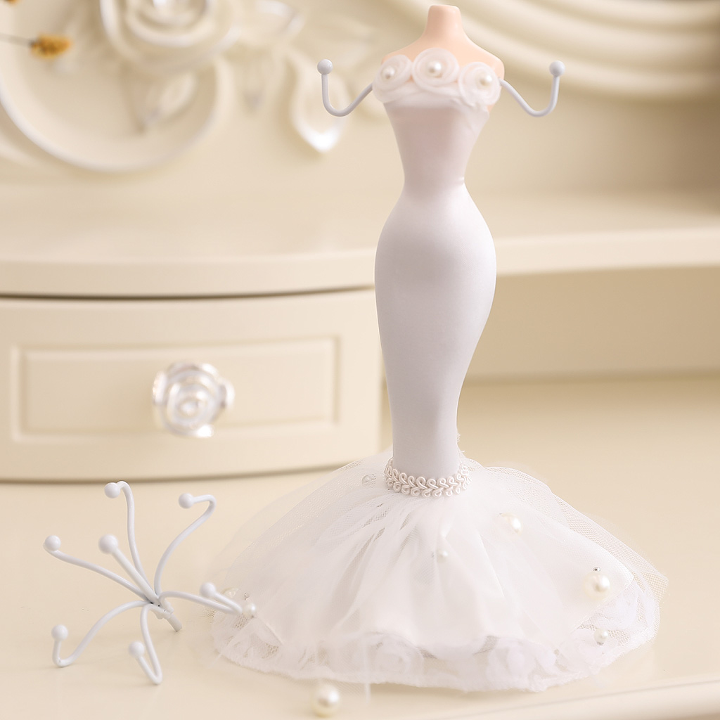 Jewelry Organizer Hanging Earring Necklace Display Mannequins Dress Lady Figure Stand Holder Fancy White Evening Dress