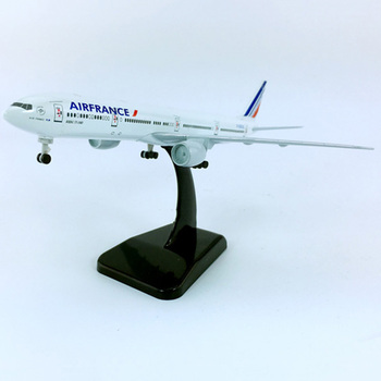 цена на airplane model toys air France airlines aviation Boeing B777 B747 aircraft model diecast plastic alloy plane gifts for kids