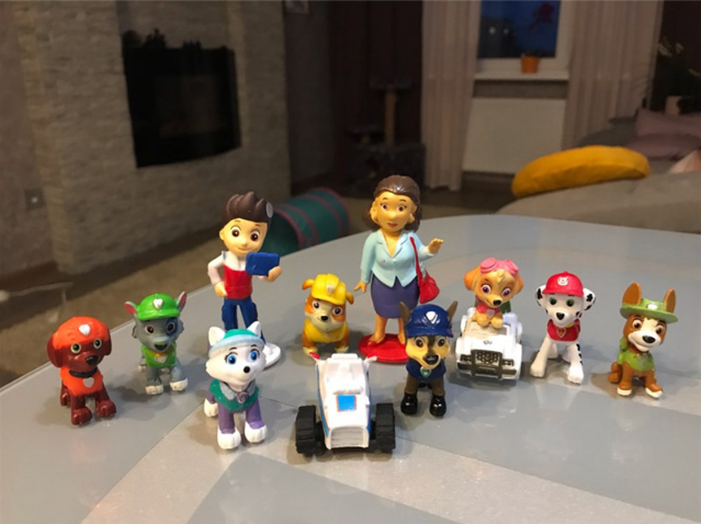 Paw Mini Patrols Cute Dog Patrol Puppy Action Figure Model 12Pcs Mini Captain And Dog Model Gift PVC Toys For Children