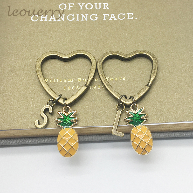 A-Z 26 Initial Letters Pineapple Keychain Custom Keyring Pineapple Jewelry Fruit Charms Best Friend Keychain Gifts