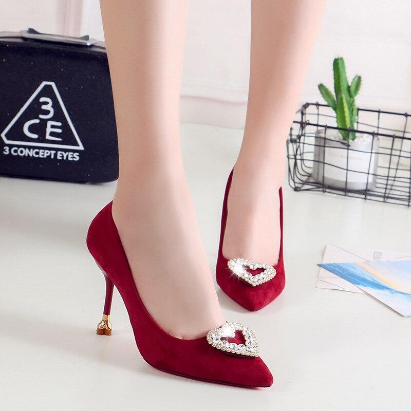 Ev ve Bahçe'ten Ayakkabı Rafları ve Organizatörleri'de 2019 yeni stil insan yapımı elmas şeftali kalp sivri topuk süet ince topuklu ayakkabılar sığ ağız kırmızı gelin ayakkabıları title=