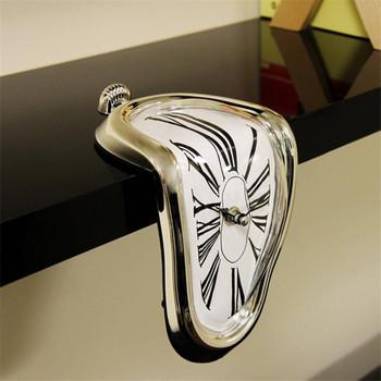 Twórczy zniekształcony zegar Melt zegar budzik róg stołu zegar dekoracyjny rzymski zegar cyfrowy Retro zegar ścienny Despertador tanie i dobre opinie Z tworzywa sztucznego Antique style Fala ruch 30mm Igła Kreatywny GEOMETRIC Zegary biurkowe 300mm 950g clock black white silver gold