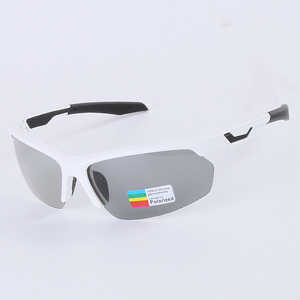 Image 5 - Photochromic Cycling Sunglasses TR90 도로 자전거 안경 3 in 1 렌즈 전천후 안경 mountain Skidproof 안경 남성 여성