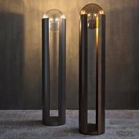 Nordic minimalista soggiorno HA CONDOTTO LA lampada da terra postmoderna hotel club house cafe luci da comodino camera da letto verticale studio di illuminazione