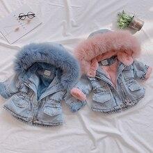 2020 di inverno Delle Ragazze Giubbotti Con Cappuccio di Pelliccia Caldo del Denim Dei Bambini Cappotti del Cotone del Panno Morbido Jeans Dei Bambini Della Tuta Sportiva Del Bambino di Spessore Snowsuits Vestiti
