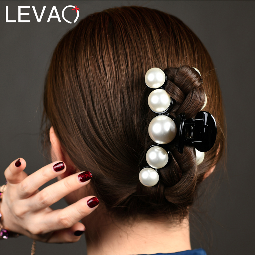 Levao New Acrylic Pearl Crab Clip Headwear For Women Pearls Beads Hair Claw Hairpins Hair Jewelry Girls Hair Pins Accessories