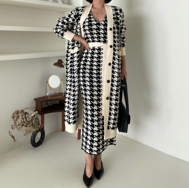 Sweater Set  Vintage Style V-Neck Long Knitted Sweater Coat  Houndstooth Vest Dress Two-Piece Suit 3