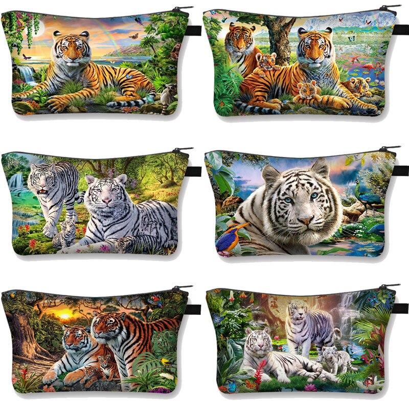 White Tiger Printing Cosmetic Bag Fashion Cosmetiquera Makeup Bag Zipper Pouch Organizer Travel Makeup Bag Girls Mini Handbag