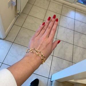 Image 2 - GODKI luksusowe kwadratowe ogniwo łańcucha bransoletki bransoletki Cubic cyrkon CZ Vintage czeski mankietów bransoletki dla kobiet biżuteria Femme