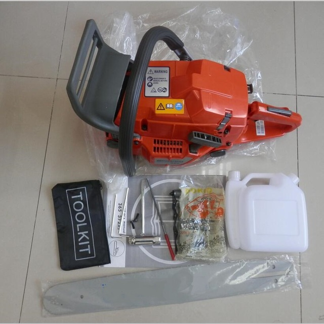 """365 GASOLINE CHAINSAW W/ 18"""" GUIDE BAR & CHAIN PITCH 3/8 GAUGE 058 68 DRIVE LINKS 65CC 2 CYCLE HORSE POWER STRONG PETROL SAW"""