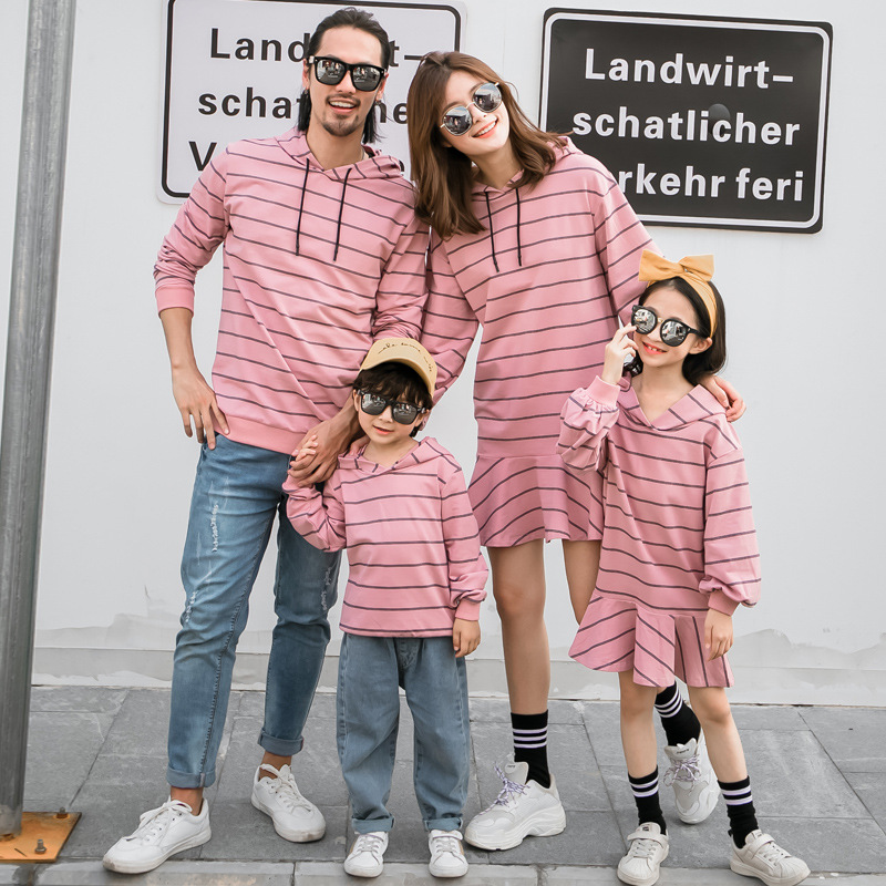 Family Matching Sweatshirt Spring Autumn Mum Daughter Striped Dress Dad Son Causal Hooded Sweatshirts Couples Matching Clothes