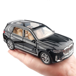 1:32 Simulation Alloy Toy Cars Diecast Pull Back SUV Car Model Children Toys Off-road Vehicles Decorations Christmas Gift