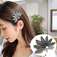 Красивые женские заколки с кристаллами в цветочек для волос