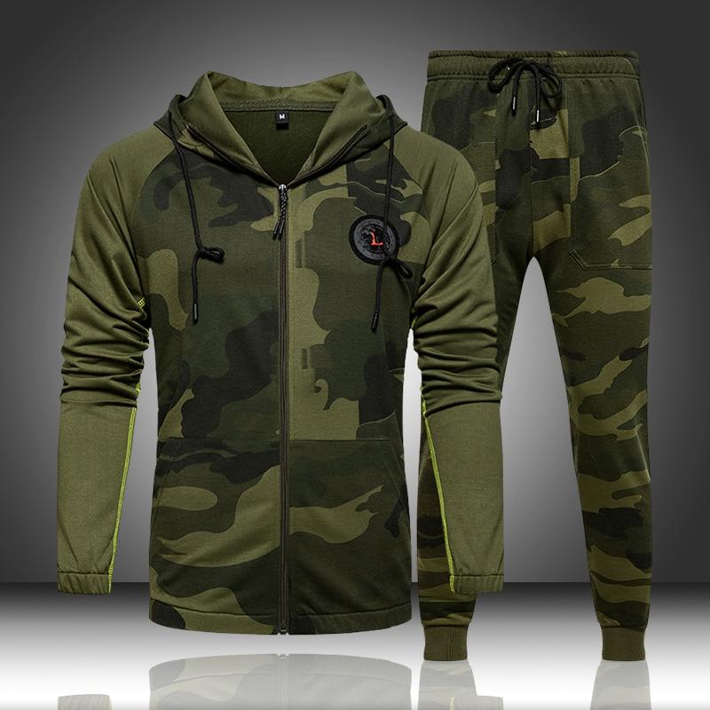 Camo erkek eşofman kapşonlu kabanlar Hoodie seti 2 adet sonbahar spor erkek spor kamuflaj tişörtü ceket + pantolon setleri