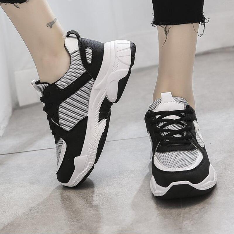 Новые весенне-осенние женские кроссовки, модные, с глубоким носком, с перекрещивающимися ремешками, подходящие по цвету туфли, черные