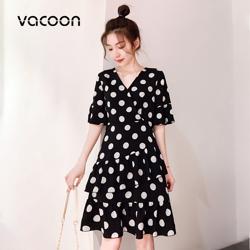 New Female Summer Dress Korean Style Fashion V-neck Ladies Beach Vacation Dress Casual Half Sleeve Dot Dress