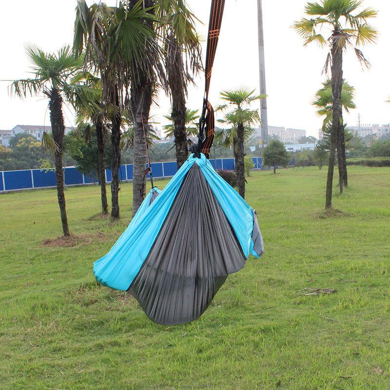 Manufacturers Direct Selling Indoor Outdoor Canvas Hammock Camping Supplies Ultra-Light Ultra-Thin Hammock Parachute Cloth Hammo