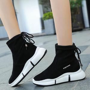 Image 2 - Женские повседневные ботинки SWYIVY, черные ботинки мартинсы на плоской платформе, без застежки, из флока, для осени, 2019