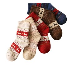 1ペア暖かい女性の靴下ストライプ3D靴下秋冬スタイルクリスマス冬の靴下女性のハッピー靴下calcetines meias