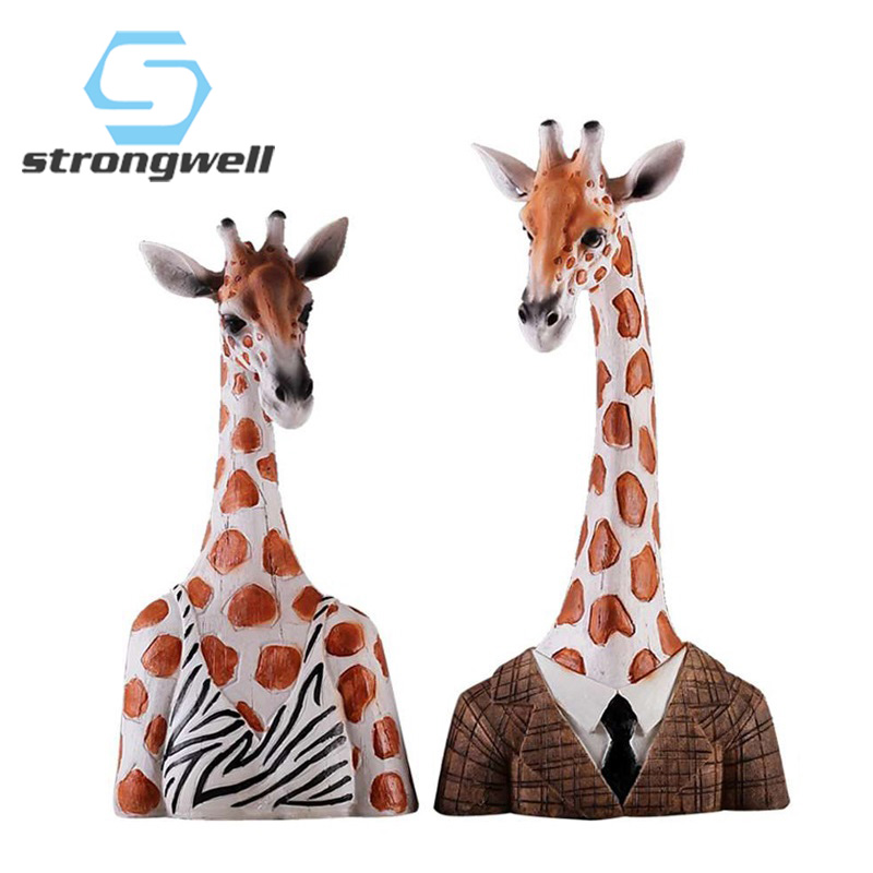 Strongwell Vintage Home Decor Giraffe Miniatures Figurines Resin Craft Decoration Accessories Desktop Christmas