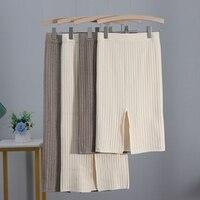 Трикотажная юбка с разрезом сзади Цена от 780 руб. ($10.05) | 28 заказов Посмотреть