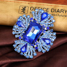 Popular luxury, exquisite crystal, blue, drill brooch, fur accessories, corsage, collar pin, corset, corset
