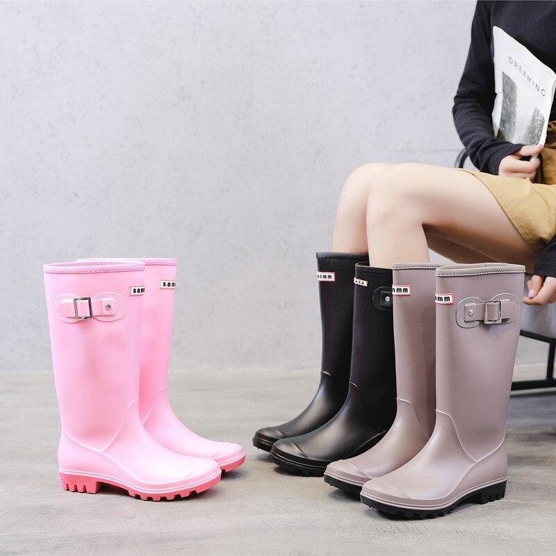 YEELOCA/модные резиновые сапоги; Женские сапоги до колена; Высокие водонепроницаемые сапоги с пряжкой; Женские резиновые непромокаемые сапоги из ПВХ|Сапоги до колена|   | АлиЭкспресс - Трендовые вещи из сериала «Эмили в Париже»