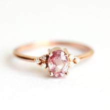 Huitan romantyczny różowy AAA kamień z cyrkonii księżniczka pierścionki z różowego złota kolor akcesoria zaręczynowe małe delikatne pierścionki tanie tanio Mosiądz Kobiety Cyrkonia Klasyczny Zespoły weselne PLANT B2538 Prong ustawianie Moda Ślub