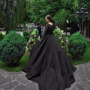 Image 2 - Black Gothic Wedding Dresses 2020 Long Sleeves Lace Beaded Tulle Princess Vintage Wedding Gown Colorful Robe De Mariee