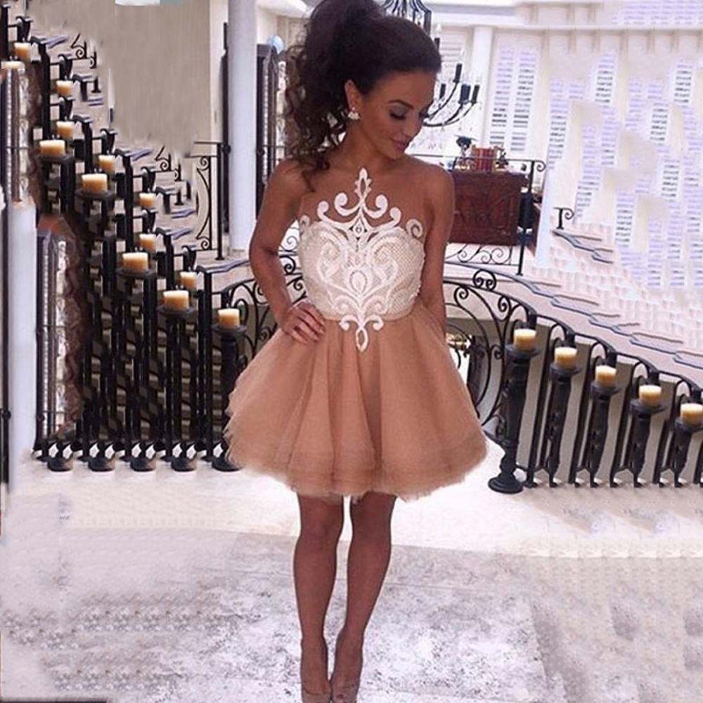 New Champagne Tulle A-Line Homecoming Dresses 2019 Scoop Appliques Lace Illusion Back Short Prom Gowns For Graduation Girls