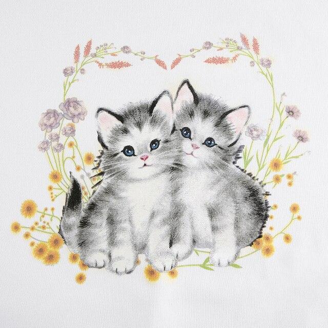 White sweatshirt with cute cat print